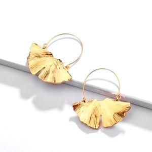 🌈2/$30 New Anthro Gold Ginkgo Leaf Earrings